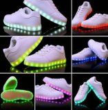 Кокос обувает светящий поручая спорт ботинок способа СИД