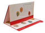 Stampa di colore con la stagnola che timbra la cartolina d'auguri