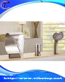Новые штуцеры ванны просто конструкции искусствоа прибытия золотистые