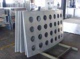 외벽에 사용되는 단단한 알루미늄 장