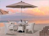 Im Freienfreizeit Rattan4+1 legt ver und sitzt Kombinations-Möbel vor