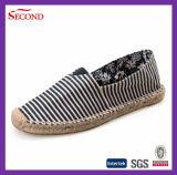 Le chanvre fabriqué à la main de qualité pompe des chaussures