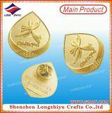 Shinny la divisa del águila de Kuwait 3D del oro