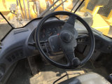 يستعمل عجلة محمّل [كومتسو] [و380-6] لأنّ عمليّة بيع