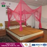 ロマンチックな寝室のMosquiterosの装飾的なカかネット