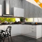 Schnelle Anlieferung moderner weißer modularer Belüftung-hölzerner Küche-Schrank (OP14-K009)