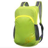屋外の折る袋、子供のバックパック