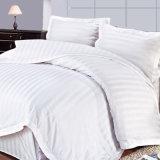 Tela dell'assestamento del cotone dell'hotel della striscia del raso con il Comforter impostato (WS-2016190)