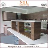 Alto armadio da cucina metallico lucido personalizzato della lacca
