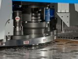 CNC 기계로 가공 정밀도 주문 강철 플레이트 제작 (GL007)