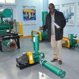 O silo da matéria- prima enraíza o ventilador