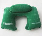 Almohadilla inflable reunida promocional del cuello del PVC con insignia modificada para requisitos particulares