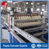 Panneau ondulé de plaque d'appui de PVC de plastique faisant la machine