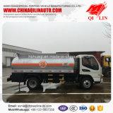 ガソリン補充のための2つの車軸タンク車