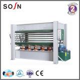 Machine hydraulique à chaud pour placage