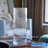 Vase à fleur cylindrique de verrerie avec la configuration de bulle d'air