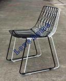 Провод отдыха металла Stackable бортовой обедая стулы сада трактира