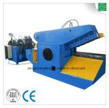 Machine de coupeur pour réutiliser le métal