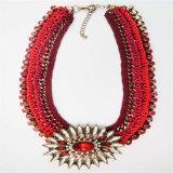 Новое ожерелье способа тона красного цвета деталя