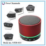 El locutor de S11 LED Bluetooth con el Mic da la función que llama libremente