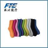 El calcetín del color hace su propio fabricante de los calcetines