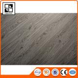Настил винила PVC деревянного зерна гарантии качества оптовой цены пластичный
