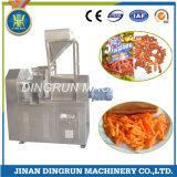 押出機機械を作るKurkure Cheetosの軽食