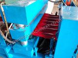 La couleur neuve a glacé le roulis de tuile formant le constructeur de machine