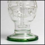 製造業者の煙る配水管の母船のガラスすてきな卵Faberge