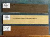 Множественная плитка керамической плитки деревянная