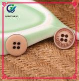 Acessórios de forma de madeira de imitação da tecla cabidos para a camisa