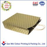 Sacchi di carta con il marchio stampato