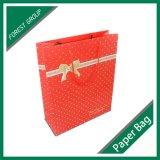 Bolsa de papel vendedora caliente del color 2016 con el punto de la insignia ULTRAVIOLETA
