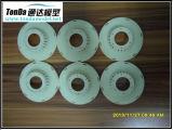 急速なプロトタイプ製品か高品質のプラスチック注入の製品を機械で造るカスタマイズされたCNC