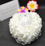 ロマンチックなハート形の結婚指輪の所有者の枕/クッション(夢100044)