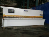 Máquina de corte hidráulica QC12y-6X2500 do metal de folha