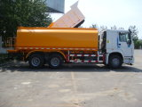 Caminhão de combustível Sinotruk 6X4 HOWO com tanque de medidor de 14-22 cubículos