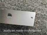 Peças feitas à máquina CNC em forma de L anodizadas personalizadas do alumínio da extrusão