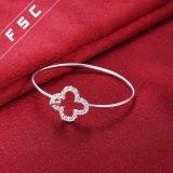 Braccialetto del braccialetto del fiore della CZ placcato argento facile di usura dei monili di modo