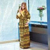 Peignoir de coton de femmes de client OEM de vente en gros d'usine de la Chine