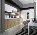 ハイエンドアメリカの標準Rtaの純木の食器棚
