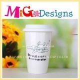 Taza de café de cerámica del nuevo estilo con la tapa