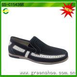 Los nuevos mocasines de la PU del estilo venden al por mayor los zapatos ocasionales