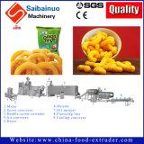 Alimento dos petiscos do sopro do milho que faz máquinas
