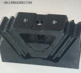 Sinotruck HOWOのトラックの予備品の前部エンジンマウント(SX680590095)