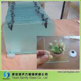 4mmの緩和されたガラスから成っている厚い明確なガラスまな板