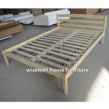Base enorme do frame da madeira de pinho