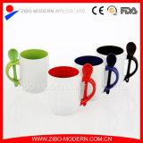 Taza de cerámica del color doble al por mayor con la cuchara