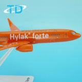 Regalo modelo de Boeing Buesiness del aeroplano de B737-800 1/200 el 19.7cm Hylak