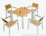 Moderne Patio-im Freiengarten-Möbel gesetzte AluminiumPolywood Tisch-Stühle für Hotel-Gaststätte-Bistro-Hinterhof